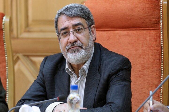 وزیر کشور درباره مباحث امنیتی و مرزی به نمایندگان توضیح داد