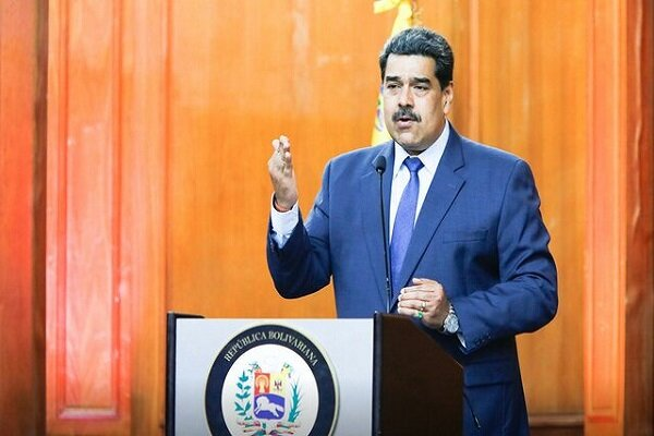 مادورو: به همکاری با ایران در زمینه تسلیحاتی ادامه میدهیم