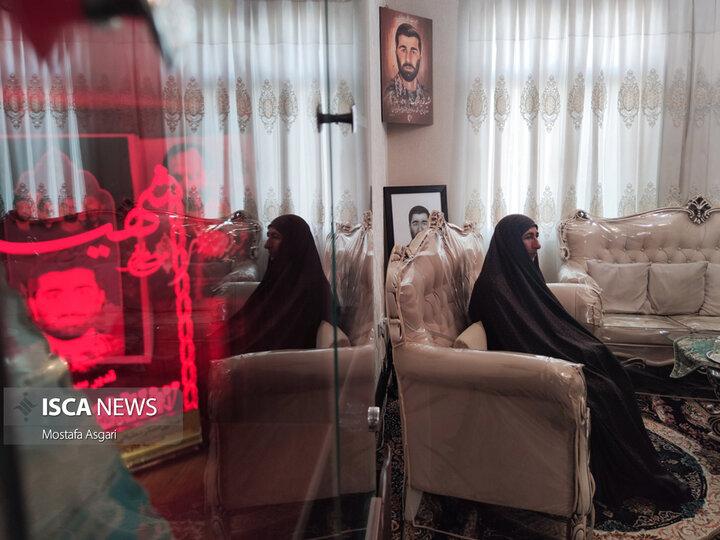 دیدار با خانواده های شهدای دانشگاه آزاد در هفته دفاع مقدس