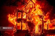 آتش سوزی کالیفرنیا به مناطق مسکونی رسید