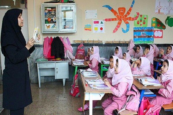 کمک سرانه مدارس در اسرع وقت به حسابها واریز شود