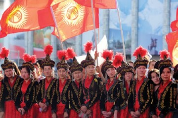 مناقشه ی نسل ها در کانون آشوب های قرقیزستان