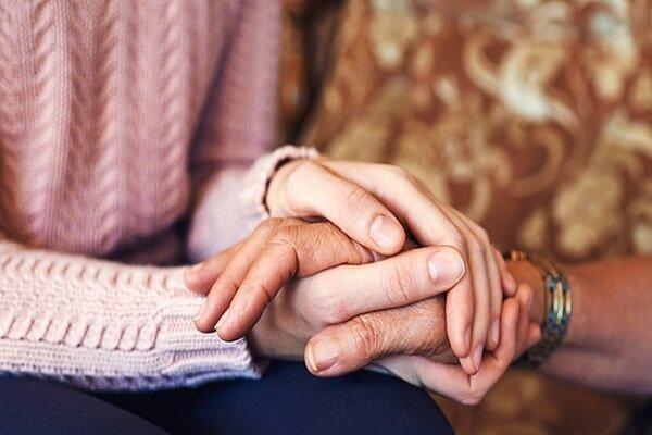 تاثیر تشخیص سرطان بر روند شغل زنان