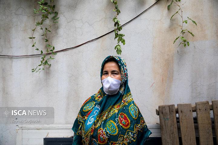 عرضه ی محصولات فرهنگی و سنتی ترکمن در بازارهای روز تهران