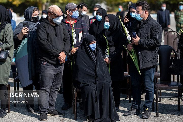 تشییع پیکر شهید مدافع سلامت سرهنگ مرتضی خوشوقت