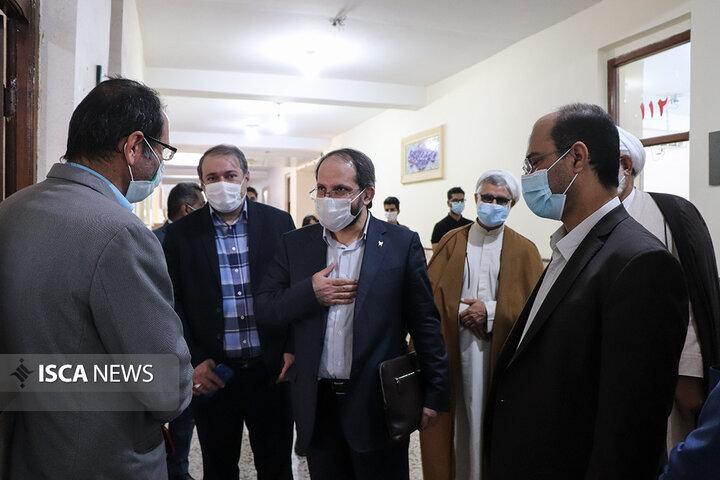 سفر دکتر جهانبین به استان هرمزگان