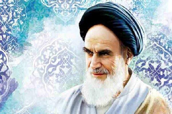 اندیشه سیاسی امام خمینی(ره) با استفاده از فقه اجتهادی شیعه شکل گرفته است