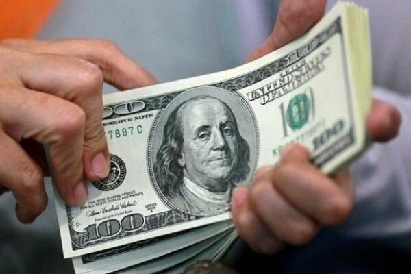 سقوط دلار به پایینترین سطح در بیش از دو ماه اخیر
