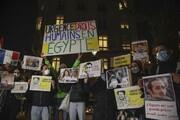 تظاهرات اعتراض آمیز علیه السیسی در مقابل ساختمان ملی فرانسه