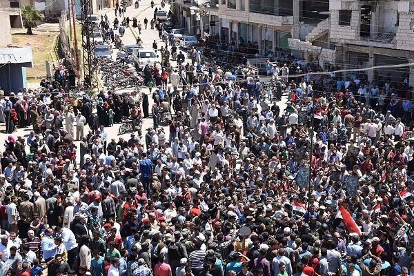 تقلای ائتلاف آمریکا برای کاهش اعتراضات سوریها علیه «قسد»