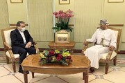 عراقچی با وزیر خارجه عمان دیدار کرد