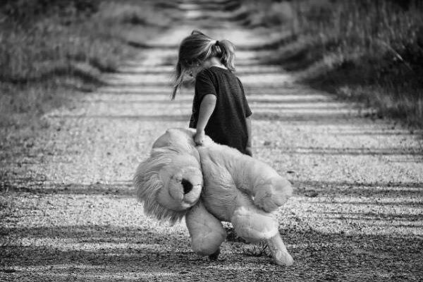 پیامدهای تکفرزندی در عدمرشد شخصیت کودک