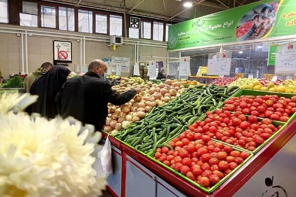 کاهش قیمت سبزیجات و صیفیجات در میادین میوه و تره بار