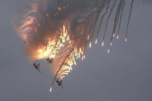 بمباران مواضع تروریستها در شمال لاذقیه از سوی جنگنده های روسی
