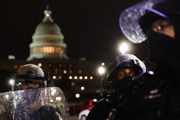 سناتورهای آمریکایی شبکه های اجتماعی را بازخواست کردند