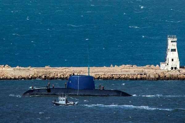 یک فروند زیر دریایی بیگانه، مورد شناسایی و رصد قرار گرفت