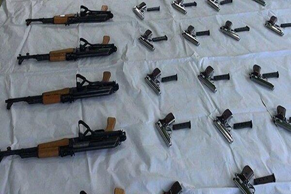 انهدام باند فروش اسلحه در فضای مجازی/ کشف ۲۰۰۰ قبضه سلاح