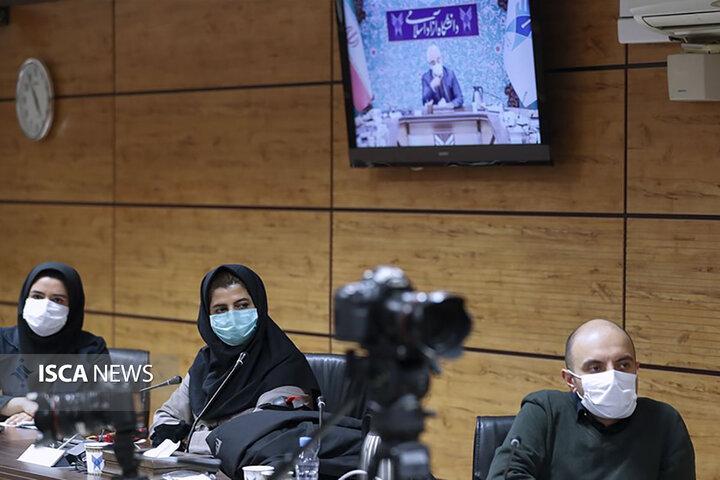 نشست صمیمی جمعی از دانشجویان مقطع دکتری با رئیس دانشگاه آزاد اسلامی