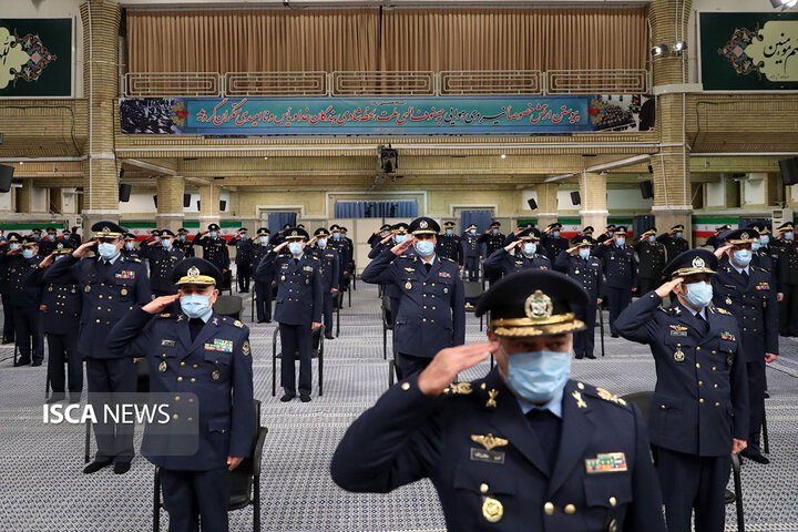 دیدار فرماندهان نیروی هوایی و نیروی پدافند هوایی ارتش با رهبر معظم انقلاب