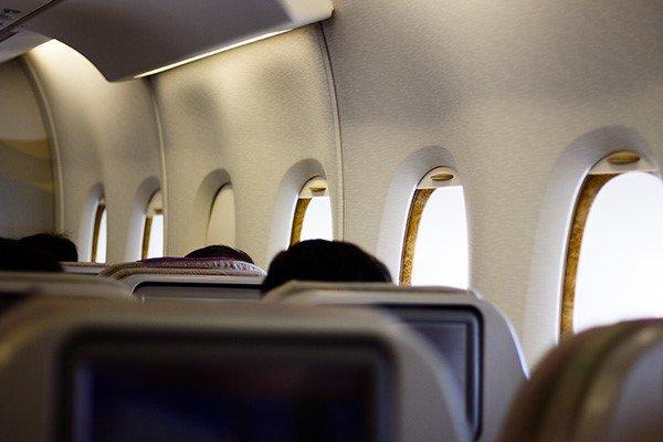 قیمت بلیت هواپیما با حذف فاصلهگذاری اجتماعی کاهش نمی یابد