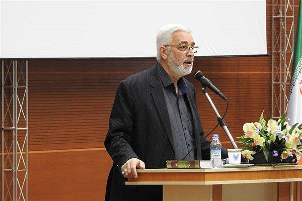 استفاده از ظرفیتهای دانشگاه آزاد اسلامی برای شناخت ابعاد انقلاب اسلامی
