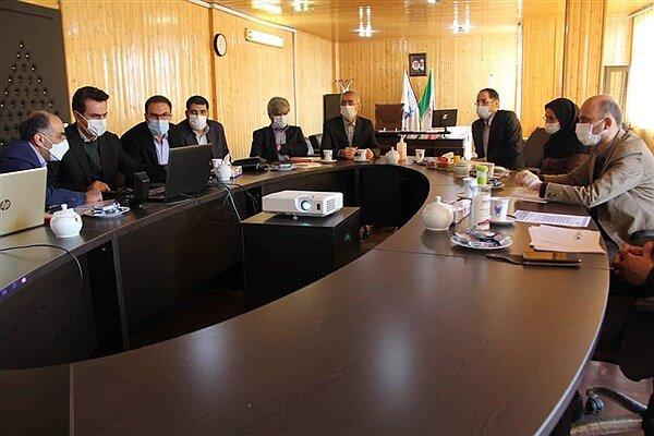 طرحهای اساتید دانشگاه آزاد در خصوص چالشهای وزارت نفت بررسی شد