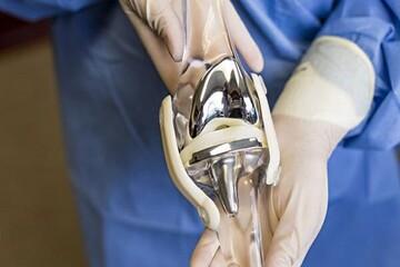 دستگاه پرداختکاری خودکار پروتزهای مفصل ران طراحی شد