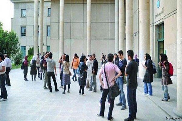فضای فرهنگی دانشگاهها با سیاستبازی مدیریت نمیشود