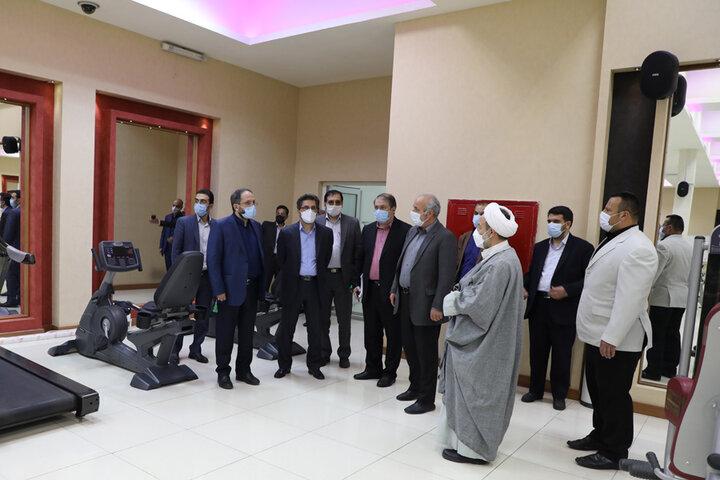 بازدید دکتر جهانبین از امکانات دانشجویی و رفاهی واحد قزوین