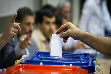 مدت محدود زمان انتخابات نامزدها را به باتلاق عوام فریبی میکشاند