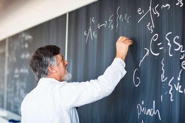 استادان در خط تولید مقاله/ وزارت علوم نباید هیچ نقشی در تصمیمات دانشگاه داشته باشد