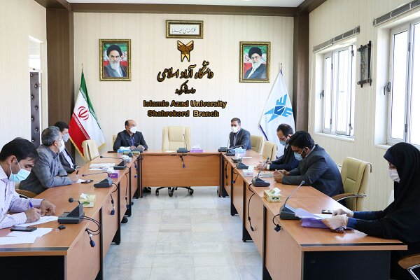 همکاری دانشگاه آزاد اسلامی و شرکت آب و فاضلاب چهارمحال و بختیاری