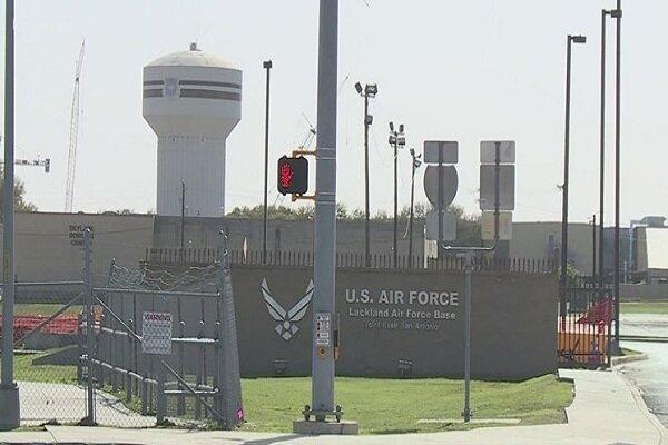 تیراندازی در پایگاه نیروی هوایی ارتش آمریکا