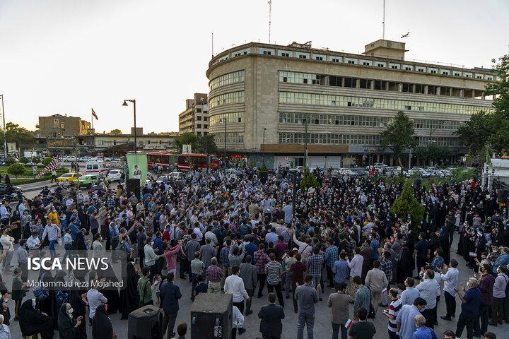 جشن خیابانی دهه کرامت و دعوت به شرکت در انتخابات