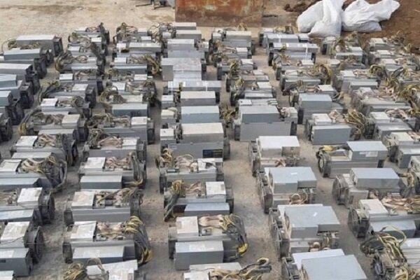 کشف ۱۶ دستگاه ماینر قاچاق از یک منزل مسکونی