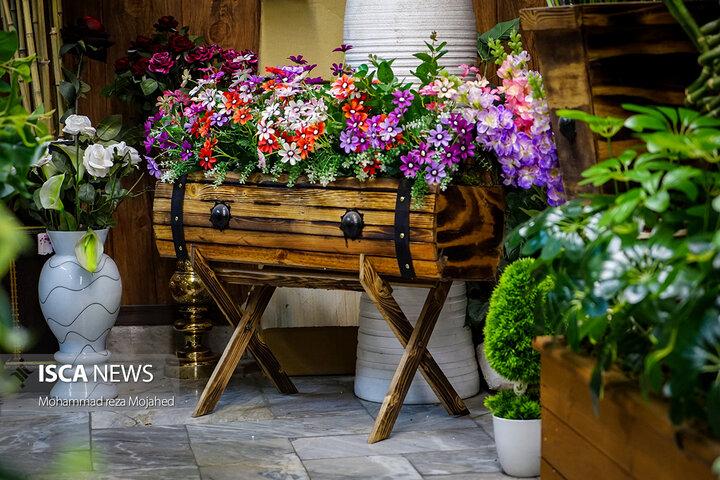 سهم 2 درصدی تولید ملی از بازار گل های مصنوعی تهران