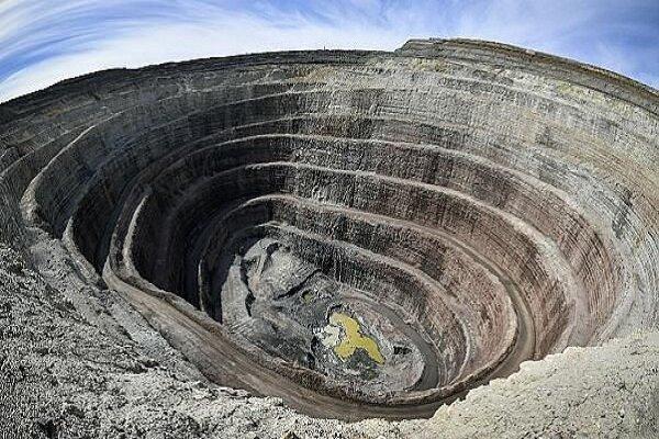 پشت پرده واگذاری معادن قبل از اتمام دولت چیست؟/ ۲۴۰۰ معدن در حال واگذاری است