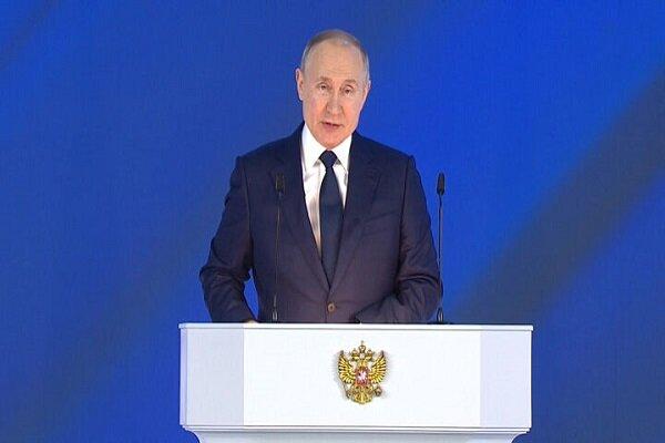 پوتین: نیروی دریایی روسیه قادر به حمله به هر دشمنی است