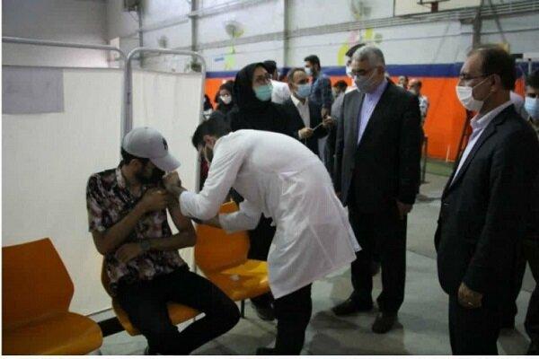تمامی دانشجویان علوم پزشکی دانشگاه آزاد اسلامی واحد رشت واکسینه شدند