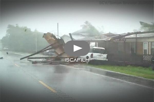 تصاویری از  سیل و طوفان مهیب در آمریکا