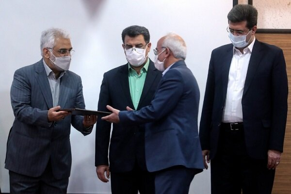 مراسم تکریم و معارفه سرپرست دانشگاه آزاد اسلامی استان یزد برگزار شد