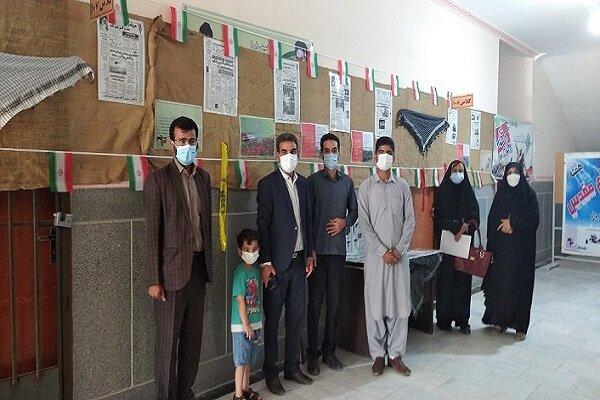 برگزاری نمایشگاه مردان بیادعا در دانشگاه آزاد اسلامی واحد خاش
