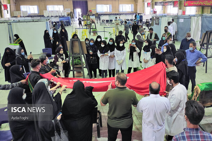 استقبال از پرچم حرمین کربلا و بیرق ایوان نجف اشرف به مناسبت اربعین حسینی