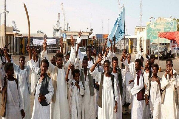 ادامه ممانعت از انتقال نفت توسط معترضان در سودان
