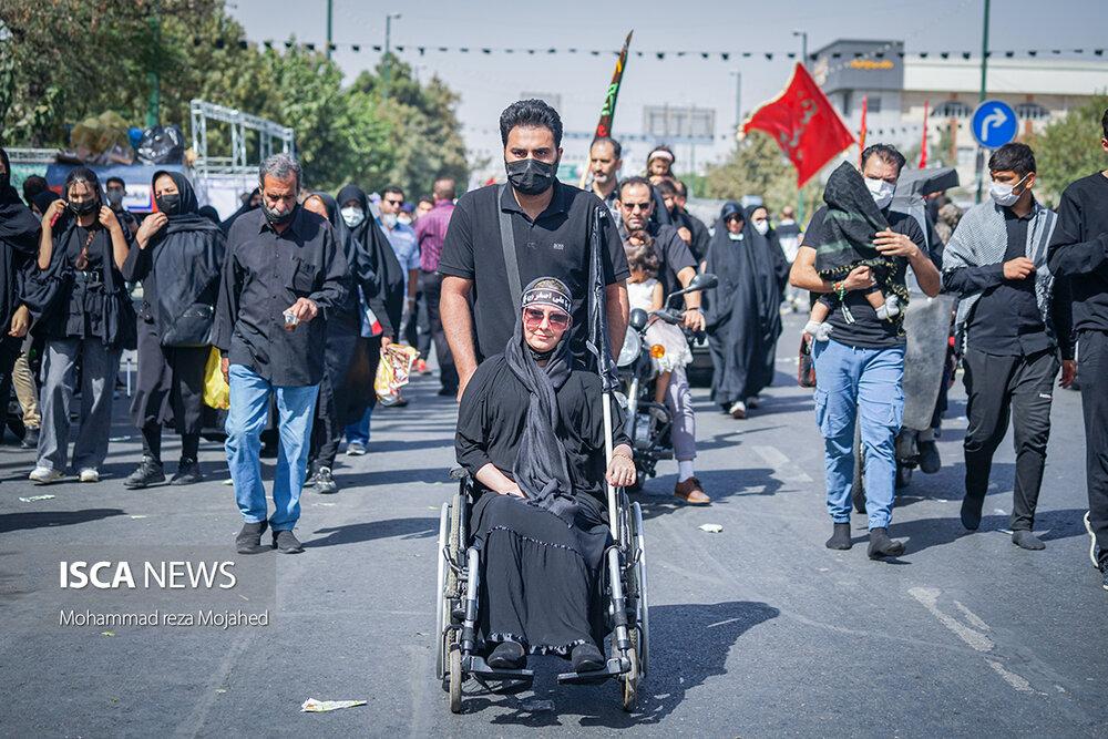 پیاده روی جاماندگان اربعین تهران