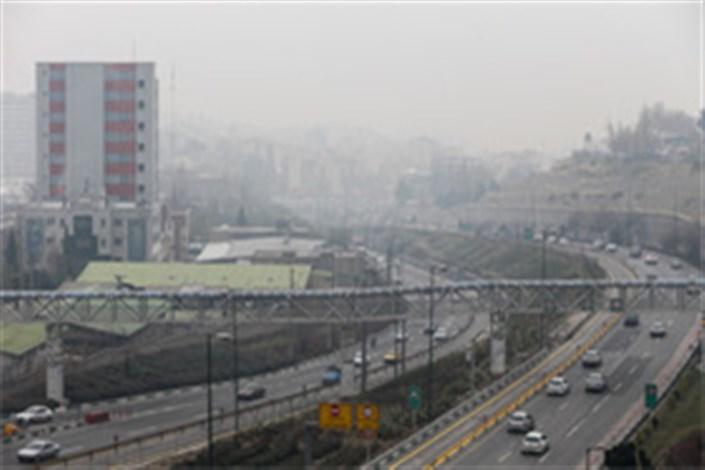 روند افزایش آلودگی هوا ادامه دارد/کاهش شاخص های آلایندگی تهران به دلیل وزش باد در روز دوشنبه