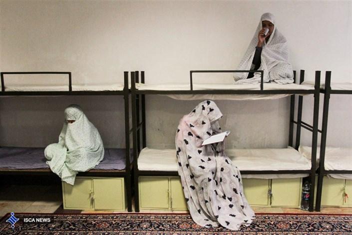 چهاردیواری تنهایی/ ١٠درصد از معتادان کشور، زن هستند