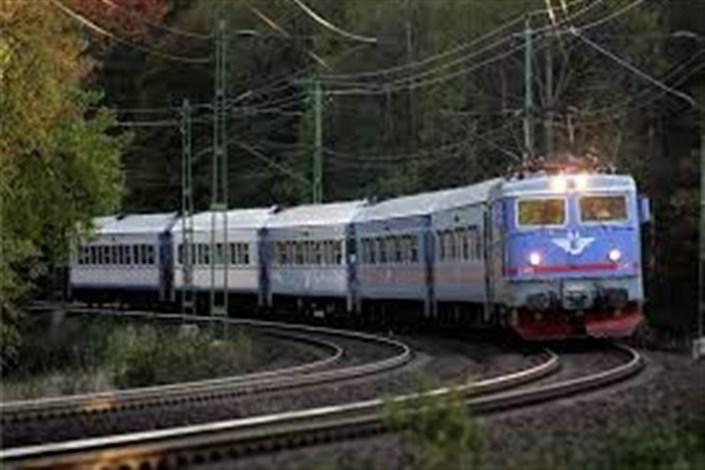 آخوندی :راهآهن باید در صدر حملونقل کشور قرار گیرد