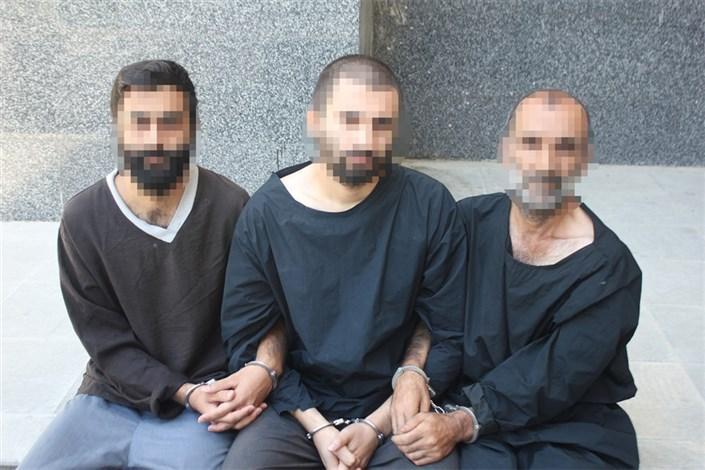 هم خدمتی ها دست به یکی کردند و  لاستیک دزد شدند/دستگیری سارقان بینیاز رینگ و لاستیک در تهران