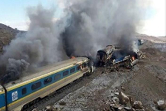شناسایی قربانیان حادثه قطار دشوار شد/ بستگان درجه اول به پزشکی قانونی مراجعه کنند